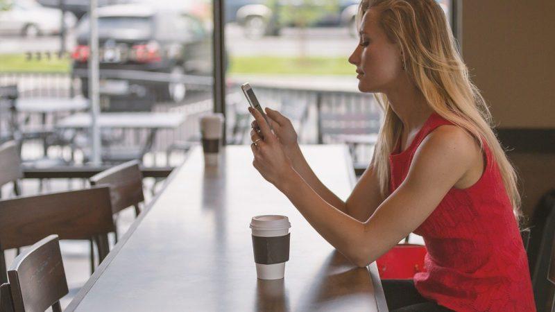 Ανοίγει η εστίαση: Πώς θα πηγαίνουμε για καφέ και φαγητό από σήμερα